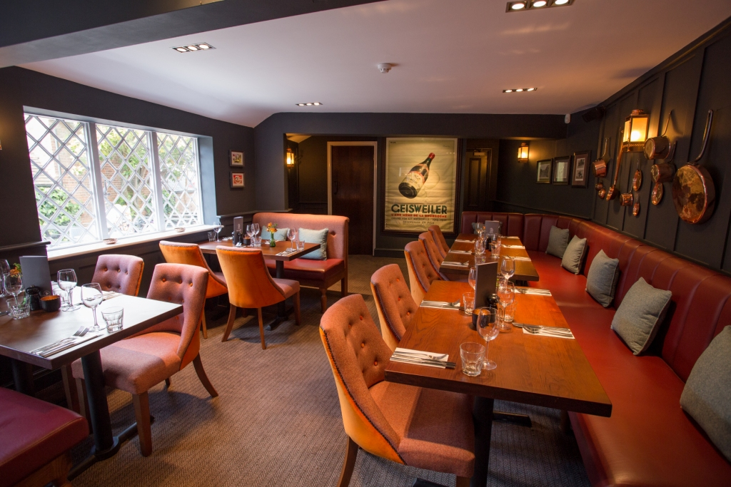 Black Horse Woburn Eatery and pub in Woburn review