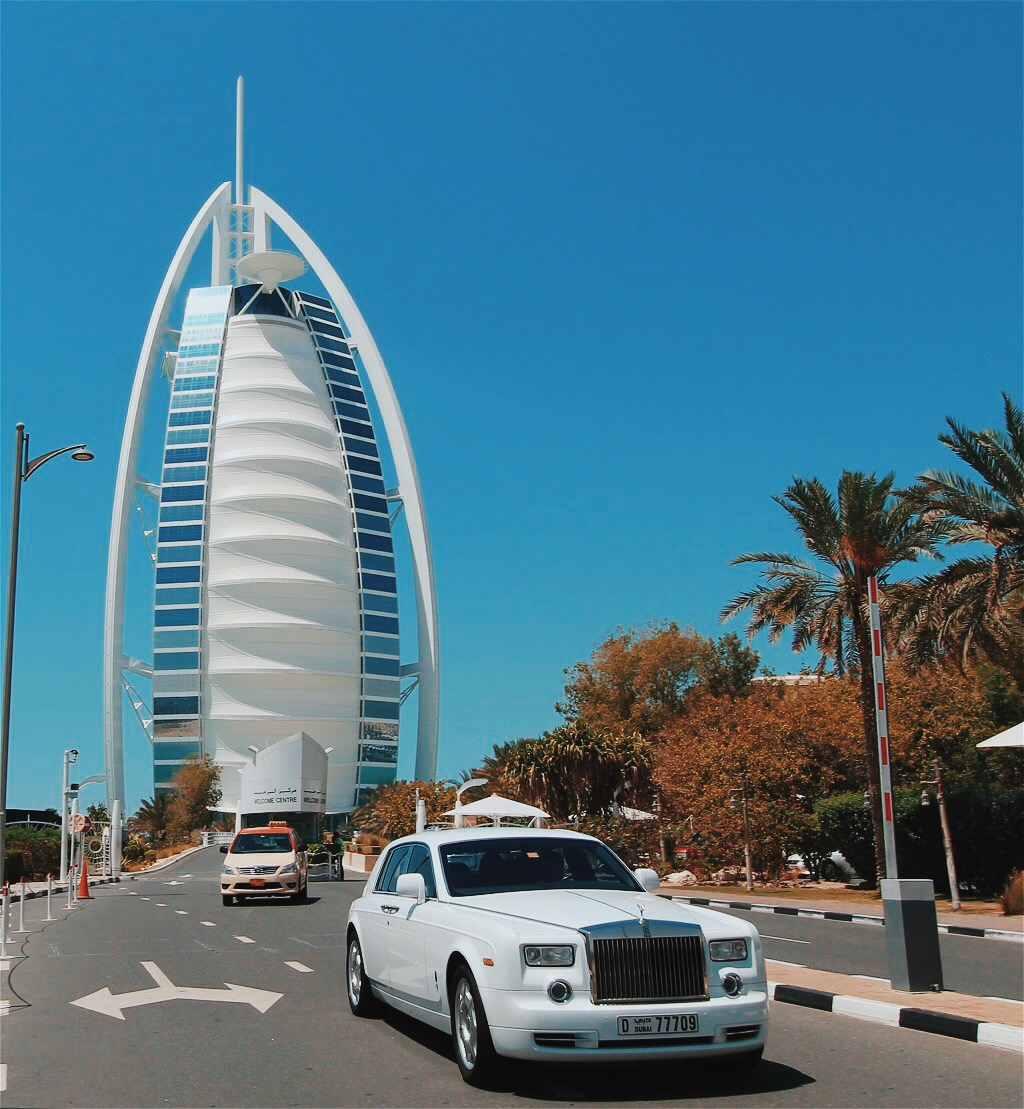 Dubai's Burj Al Arab Luxury Hotel on a private tour