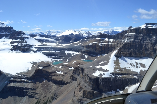 top-things-to-do-in-canada-helicopter-lake-mountain