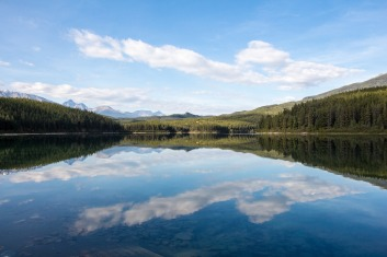 10-things-to-do-in-canada-patricia-lake