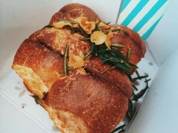 Ultimate Garlic bread - ultimate? Hardly.
