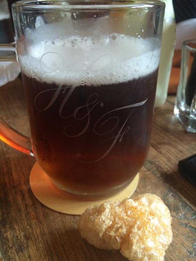 hand-flowers-beer