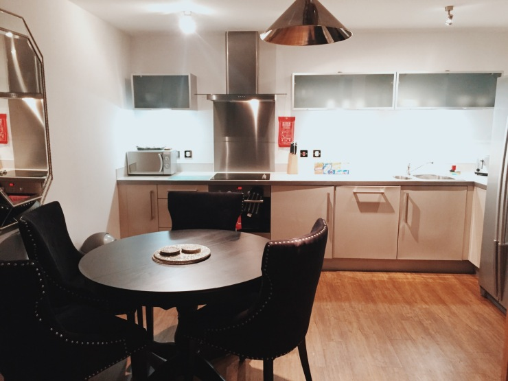 City Stay Milton Keynes kitchen apartment review