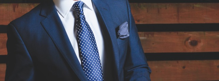 Suit and tie menswear top tips