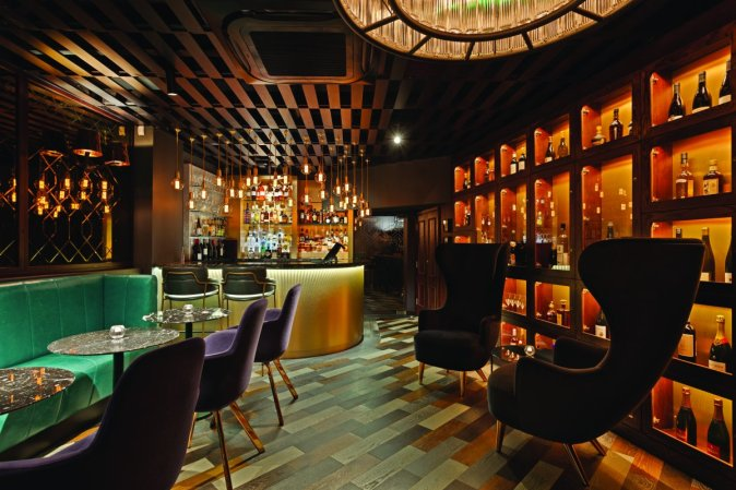 ember-london-cocktail-bar-restaurant-monument-the-city-review