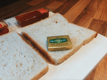 Cheese Postie butter with bread