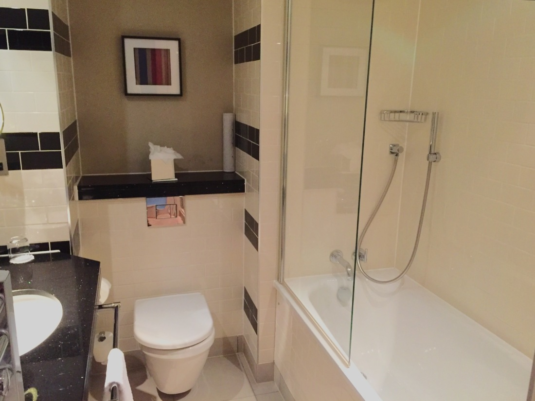 the-grosvenor-london-hotel-bathroom
