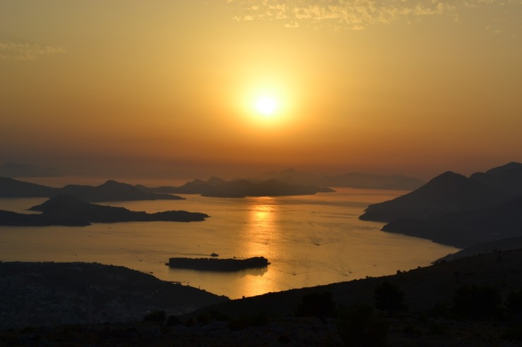 twomenabouttown-eutour-croatia-dubrovnik-sunset