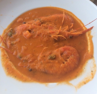 twomenabouttown-eutour-croatia-prawns-dubrovnick