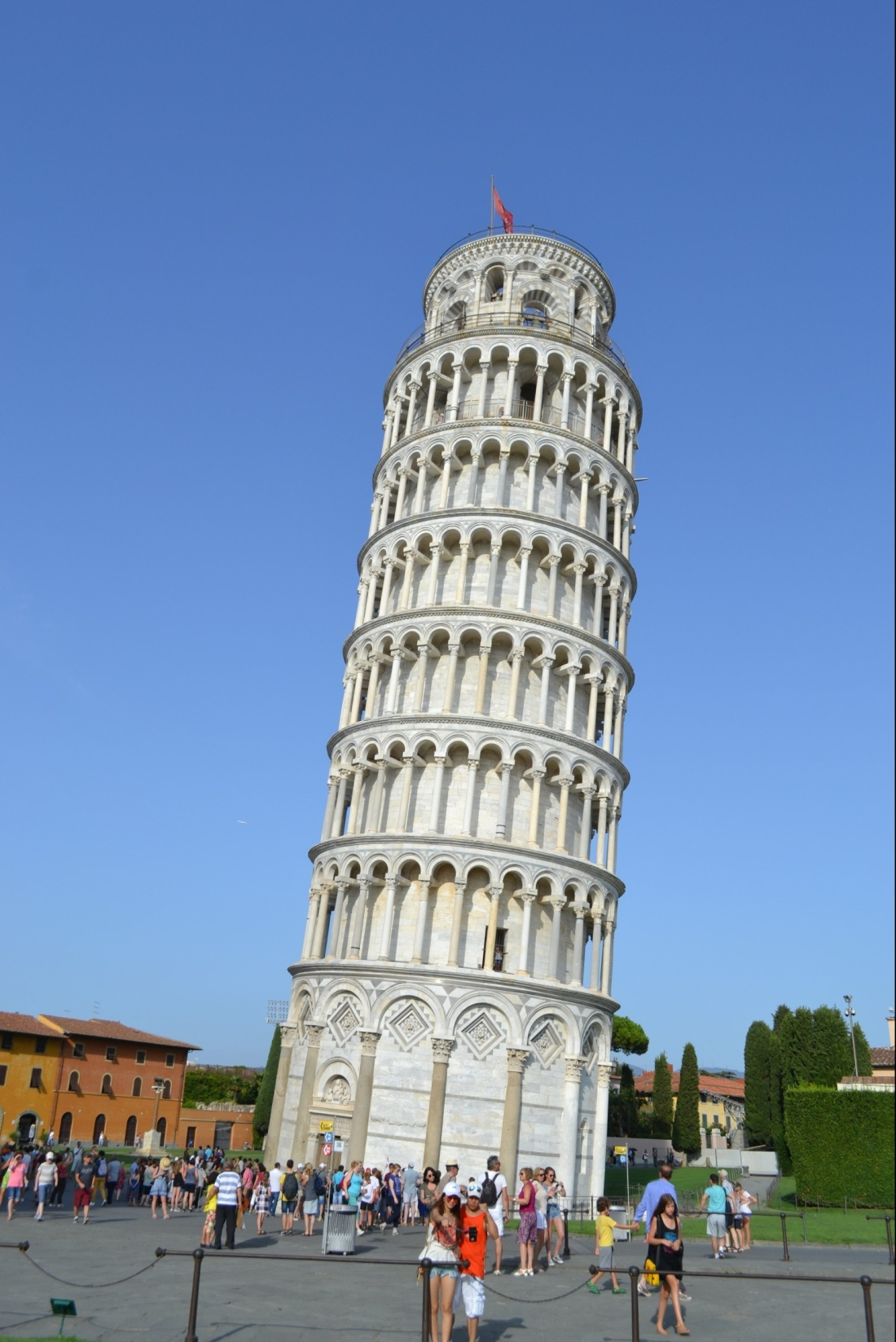 Italy-Pisa-leaning-tower