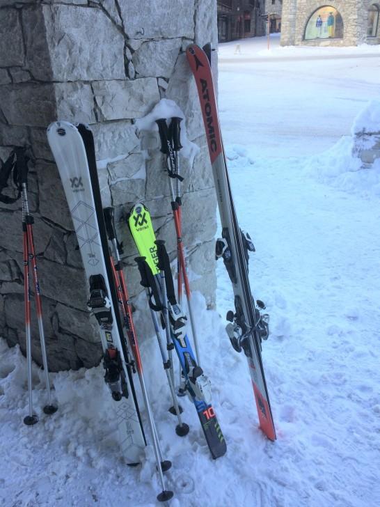 TwoMenEUTour-France-skis