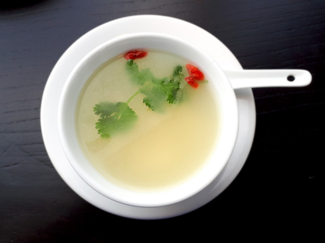 Hutong_broth