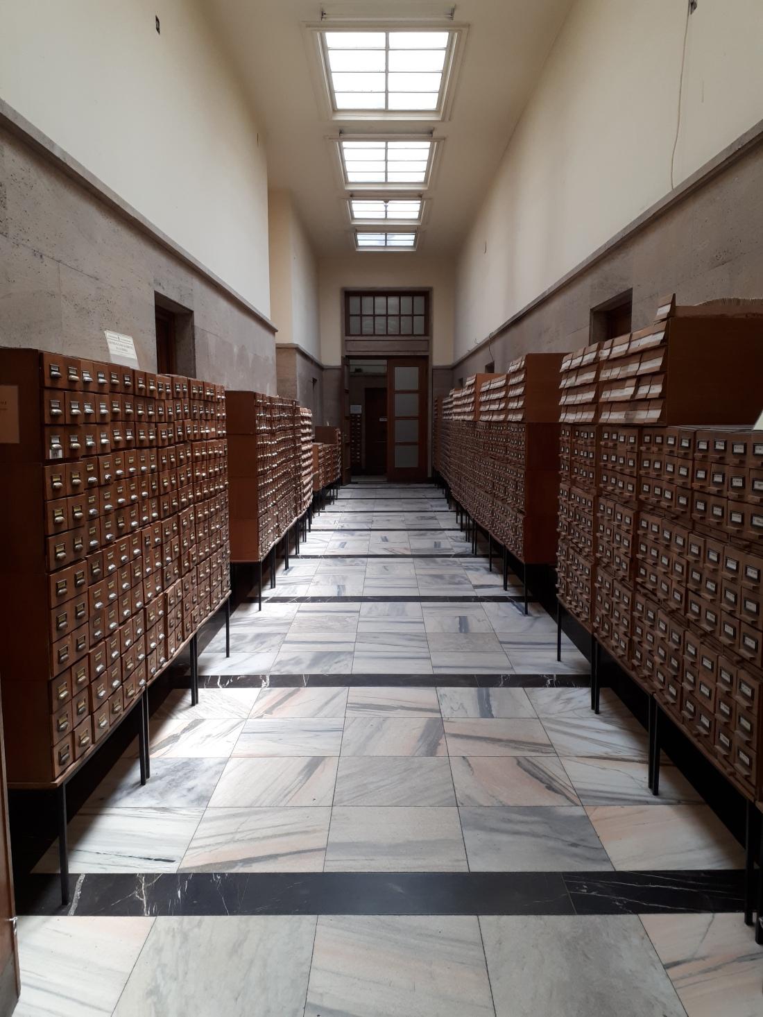 Bulgaria_library
