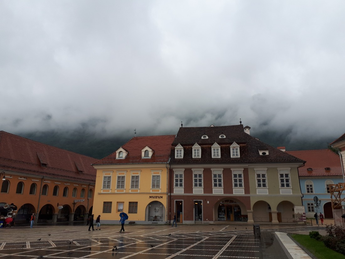 Romania_brasov_cloud