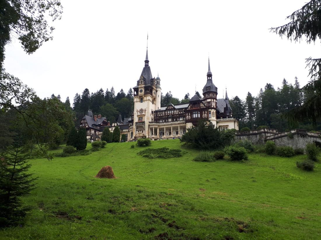 Romania_peles_castle