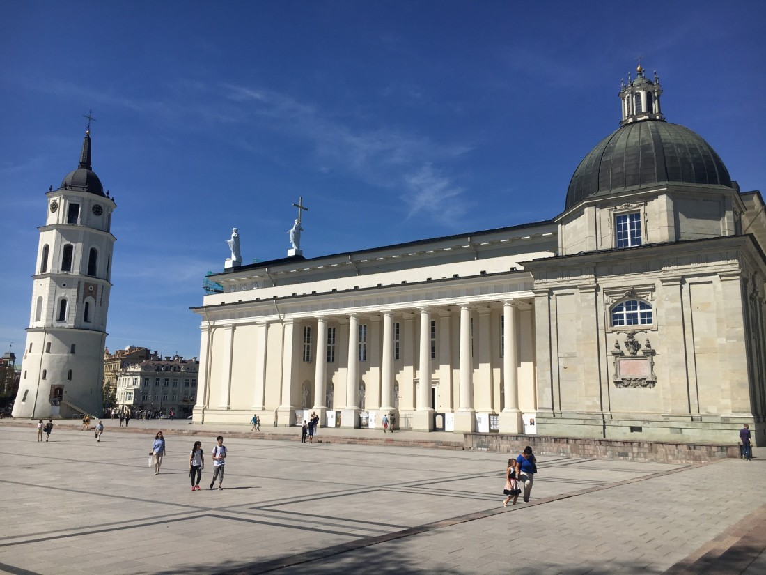 Lithuania_vilnius_main_square