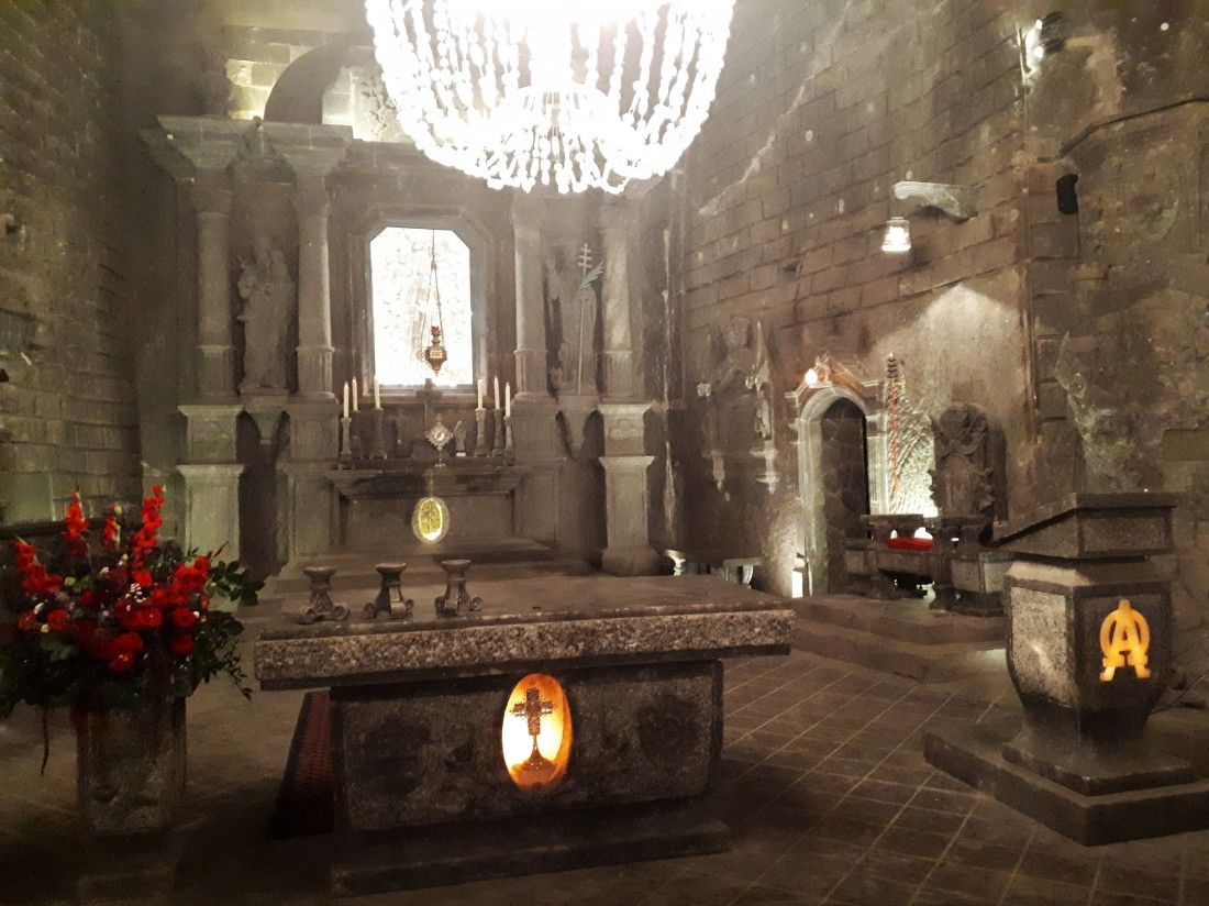 Poland_salt_cathedral